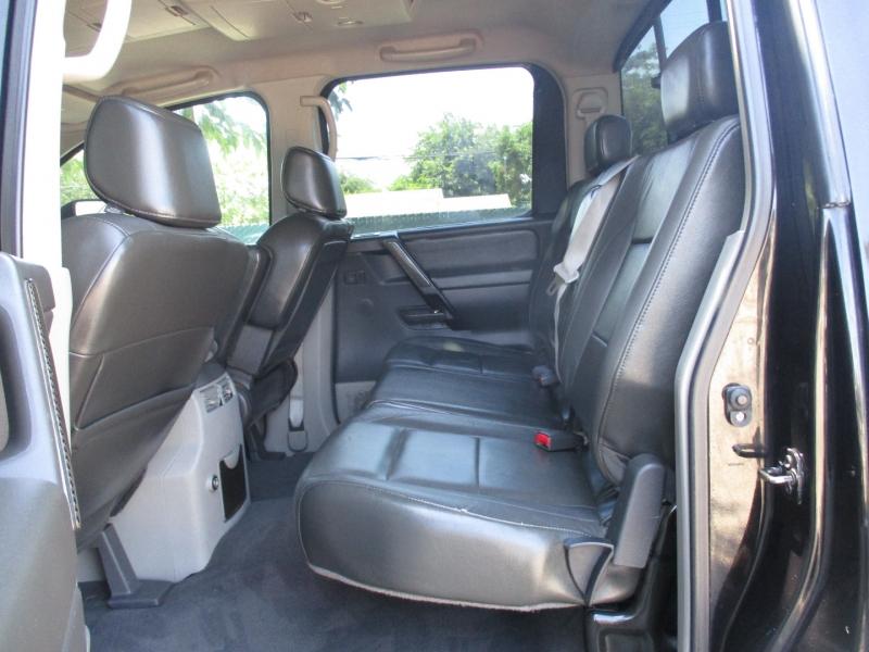 Nissan Titan 2004 price $11,999