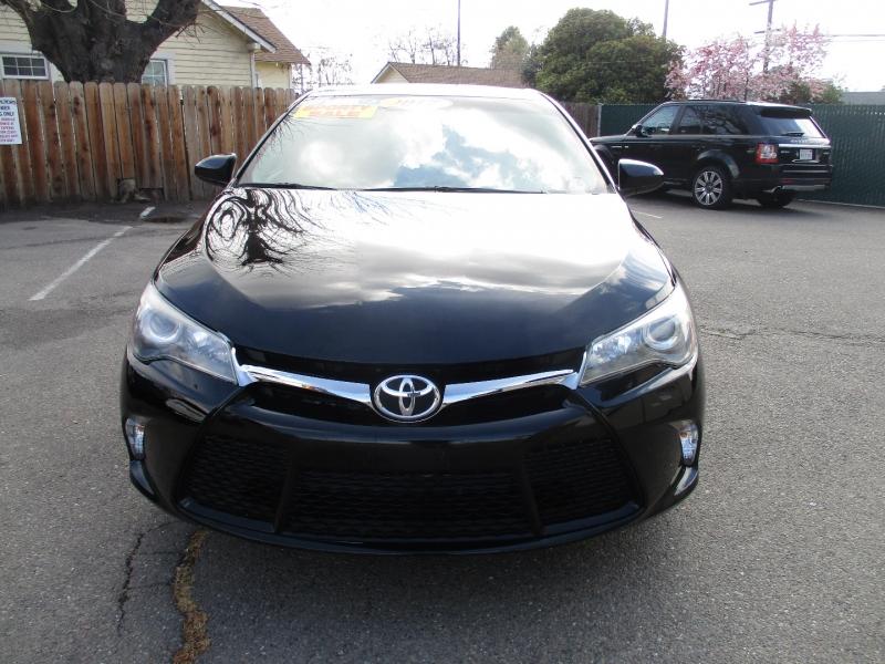 Toyota Camry 2017 price $17,499