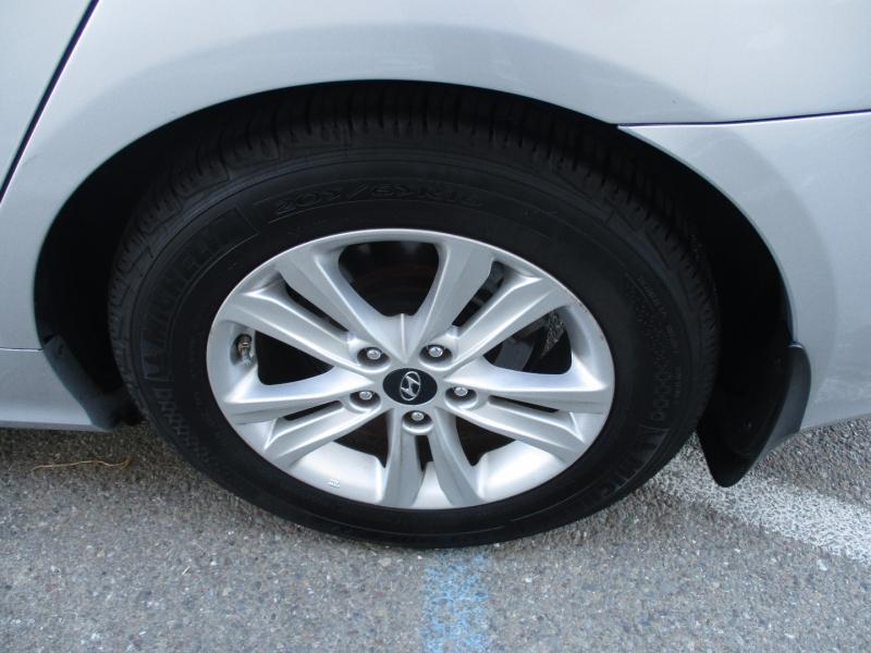 Hyundai Sonata 2013 price $9,999