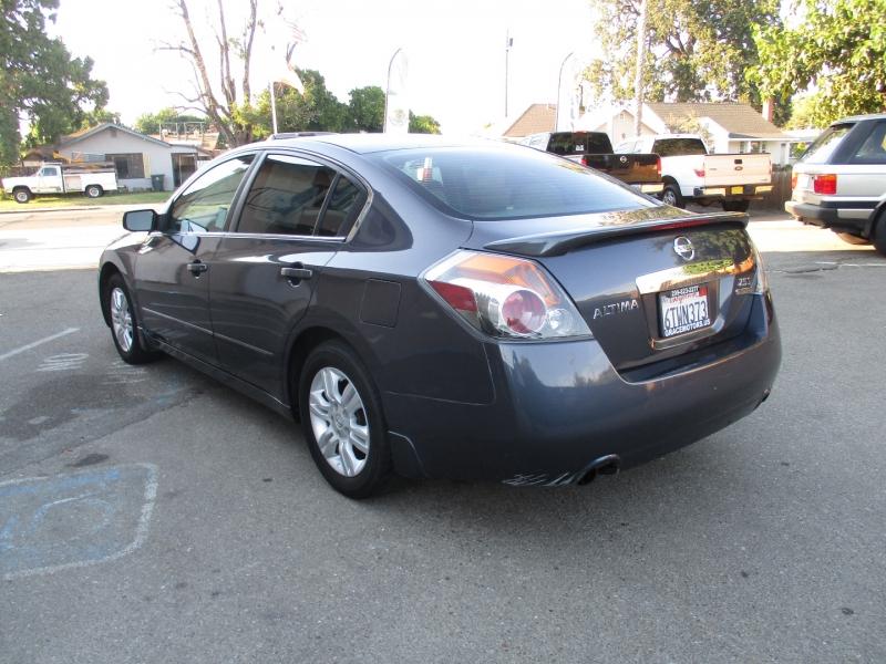 Nissan Altima 2012 price $9,499