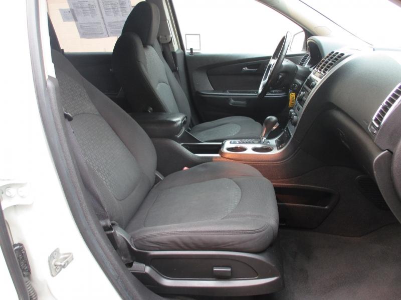 GMC Acadia 2009 price $9,999