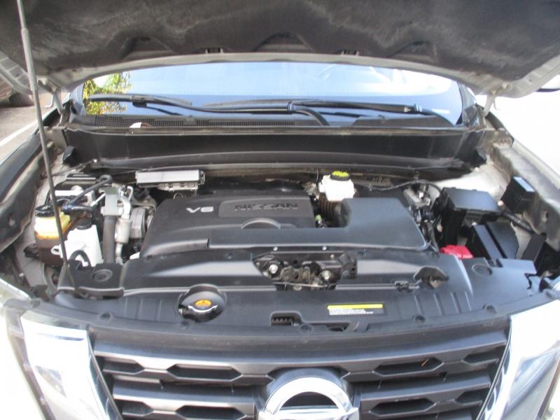 Nissan Pathfinder 2017 price $19,999