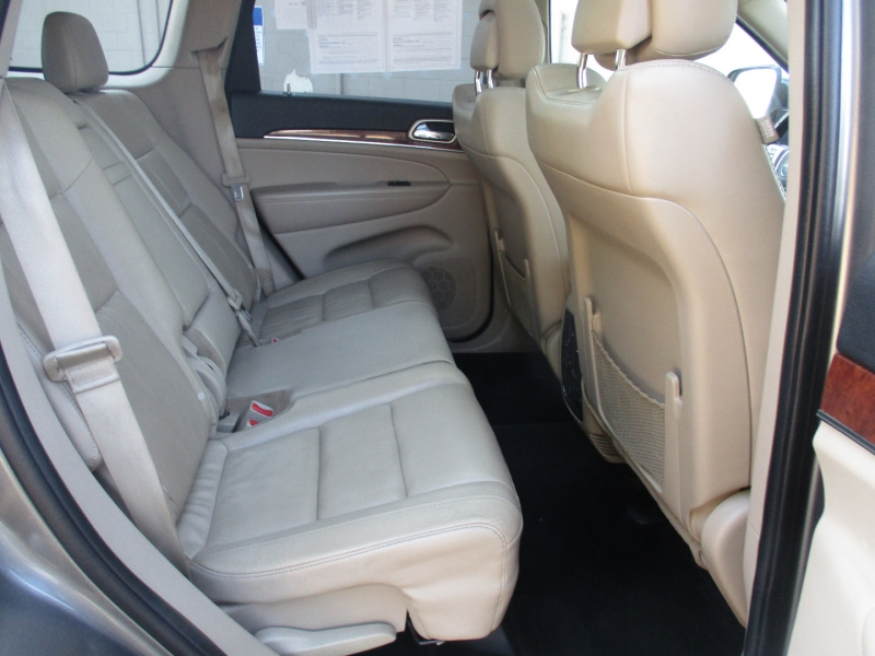 Jeep Grand Cherokee 2012 price $15,999