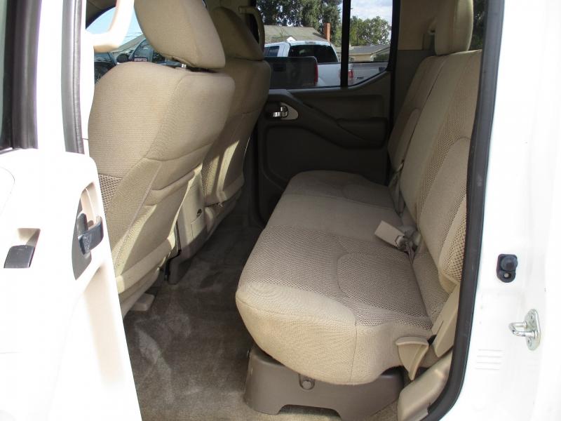 Nissan Frontier 2018 price $27,888