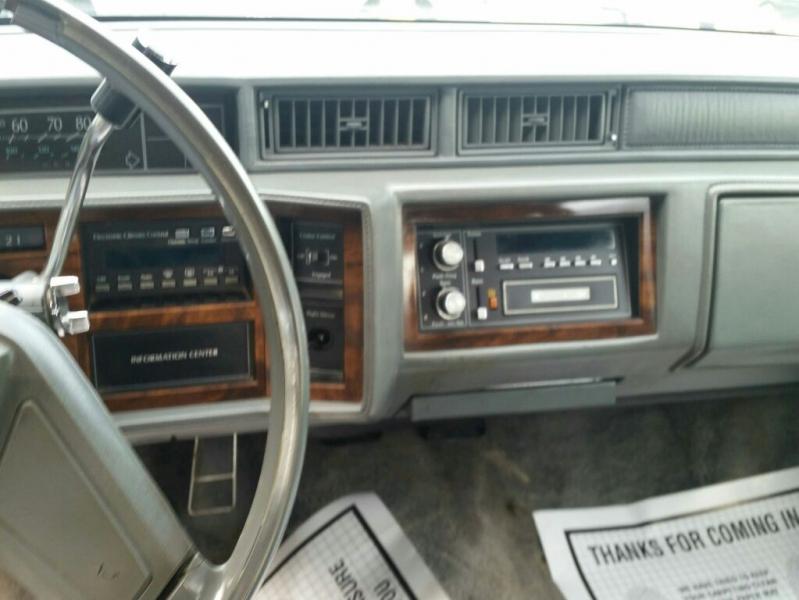 CADILLAC DEVILLE 1988 price $2,995
