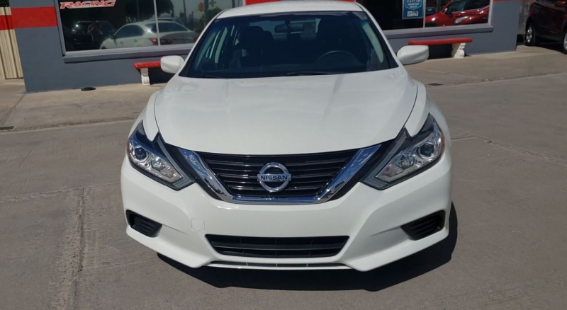 Nissan Altima 2016 price $12,200