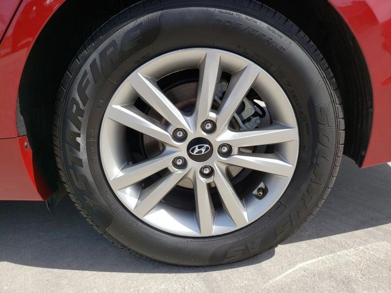 Hyundai Sonata 2016 price $12,650