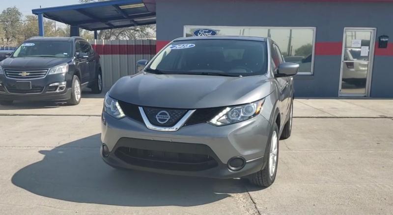 Nissan Rogue Sport 2018 price $14,952