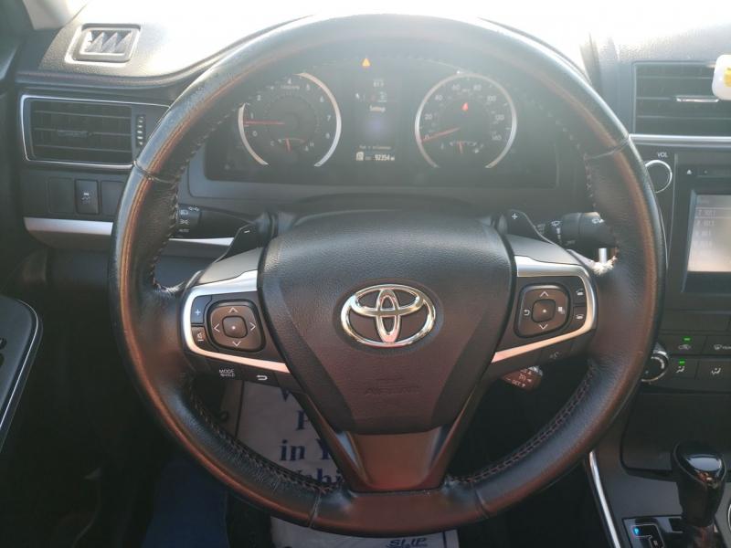 Toyota Camry 2016 price $14,450