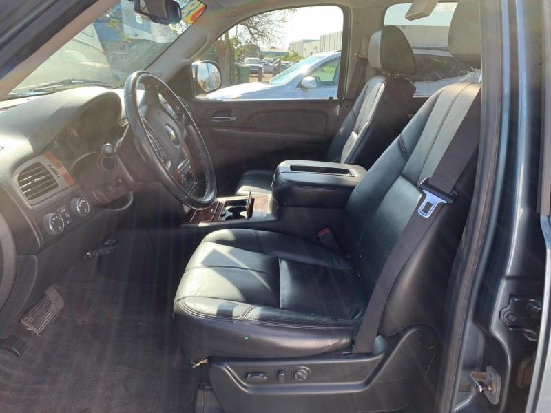 Chevrolet Suburban 2008 price $11,995