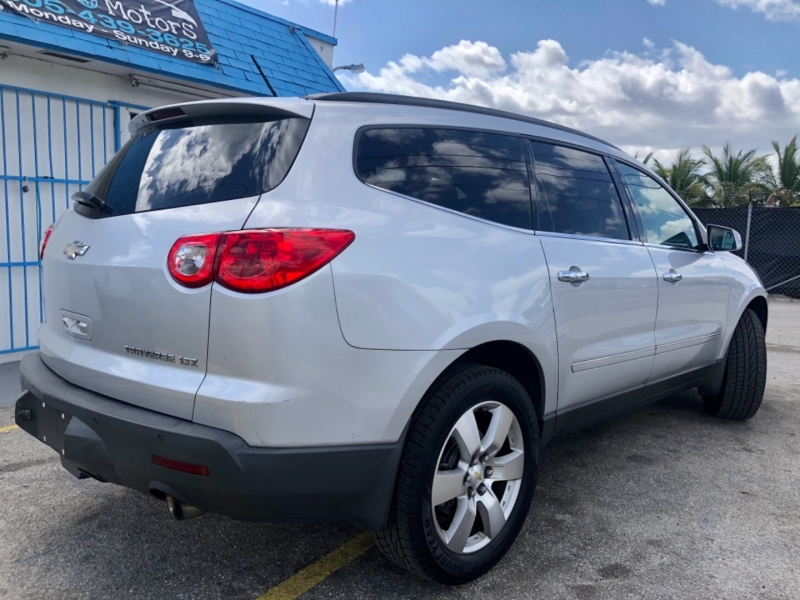 Chevrolet Traverse 2012 price $8,995