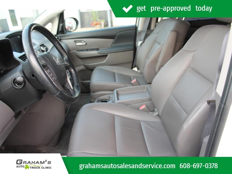 Honda Odyssey 2016 price $25,799