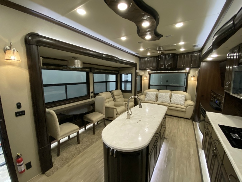 Riverstone 38TS 2016 price $59,995