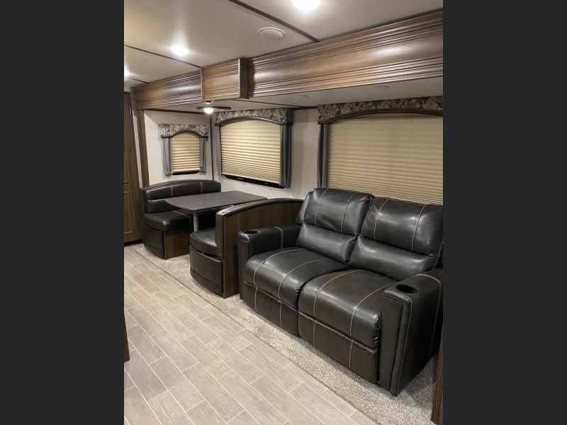 Keystone Laredo 2020 price $32,995