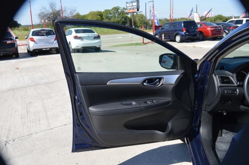Nissan Sentra 2018 price $11,950
