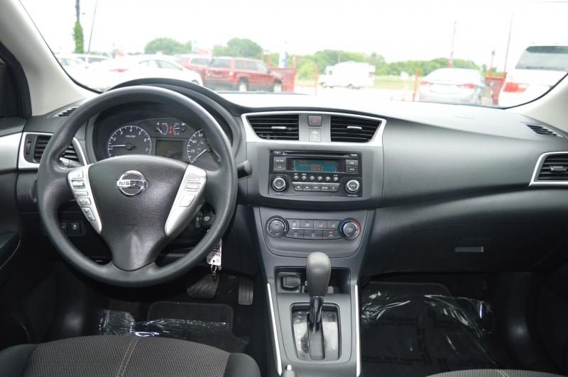 Nissan Sentra 2017 price $10,850