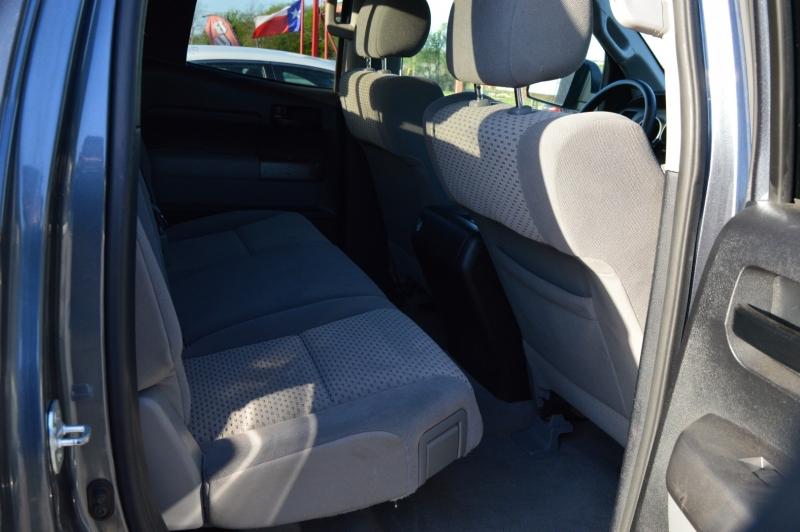 Toyota Tundra 2WD Truck 2010 price $18,950