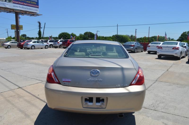 Toyota Camry Solara 2004 price $5,688