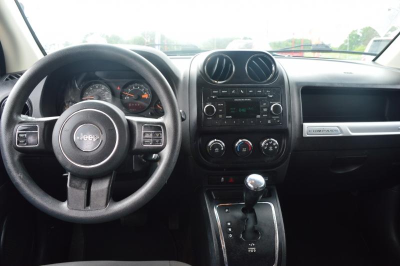 Jeep Compass 2016 price $12,988