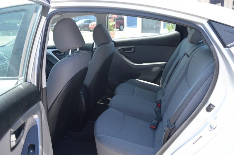 Hyundai Elantra 2014 price $11,988