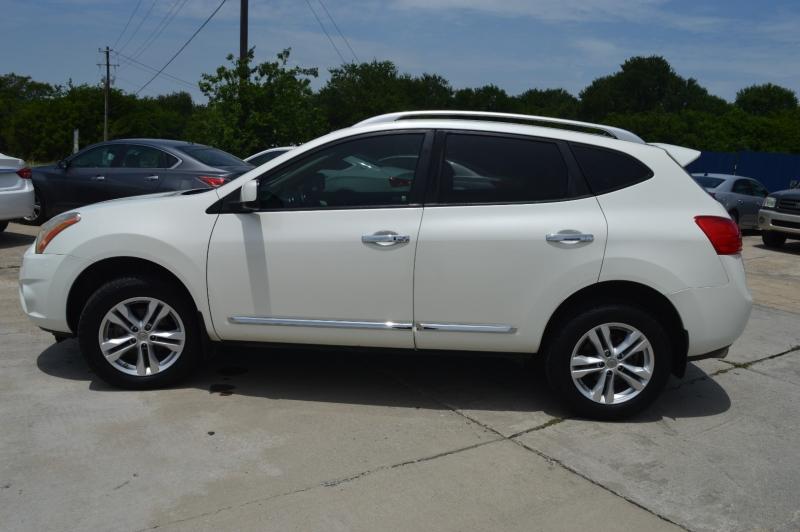 Nissan Rogue 2013 price $10,988