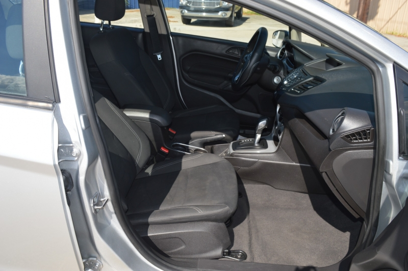 Ford Fiesta 2017 price $11,588