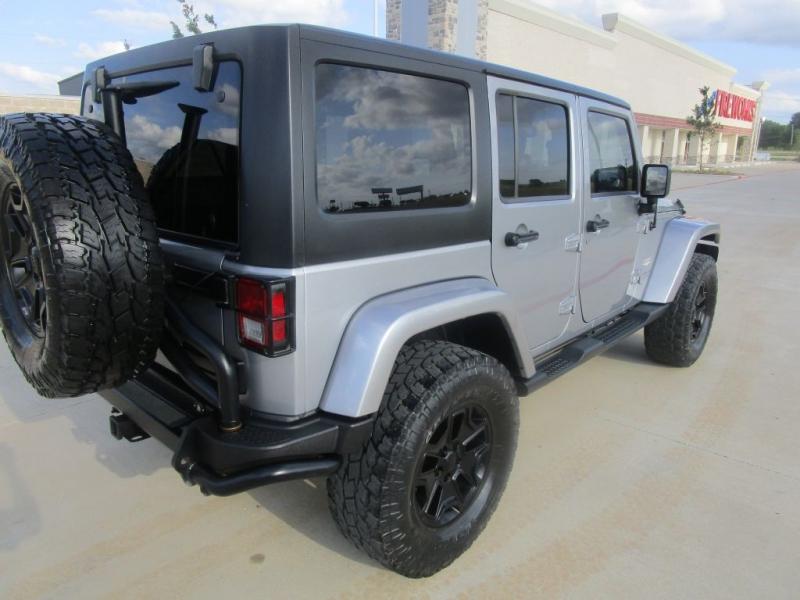 Jeep Wrangler Unlimited 2014 price $29,995