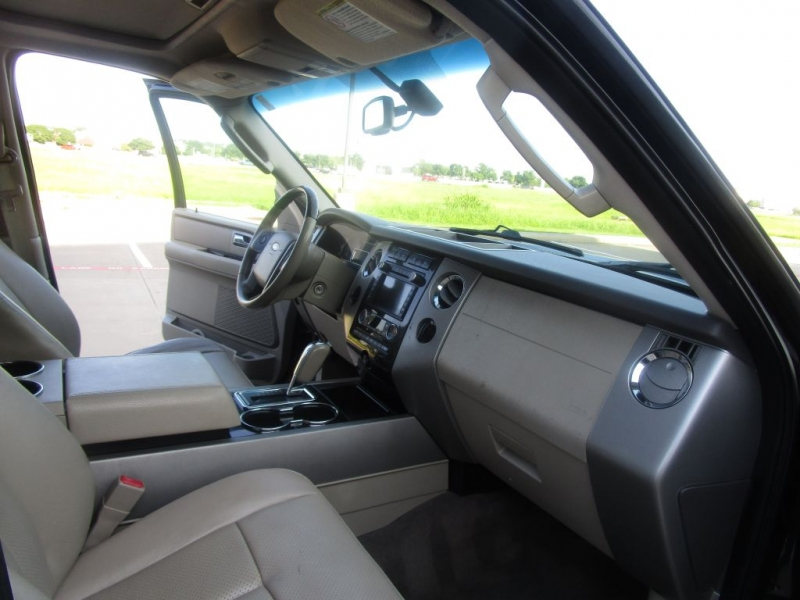 Ford Expedition 2011 price $18,995