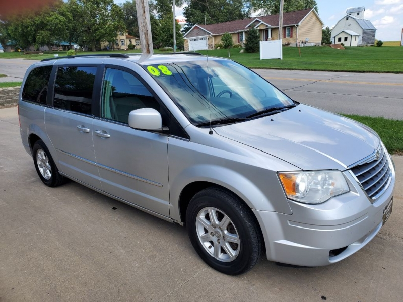 Chrysler TOWN & COUNTRY 2010 price $5,650