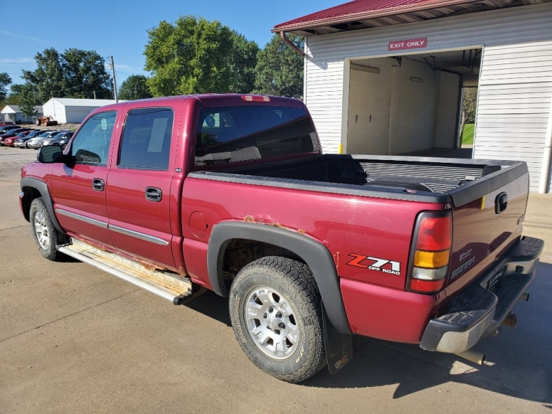 GMC SIERRA 1500 2005 price $6,150