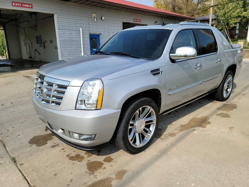 CADILLAC ESCALADE 2011 price $23,550