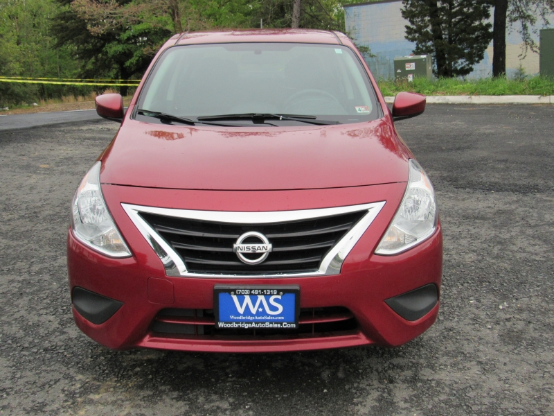 Nissan Versa Sedan 2018 price $9,695