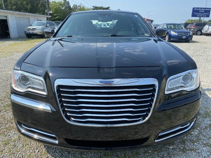 Chrysler 300 2013 price $12,995
