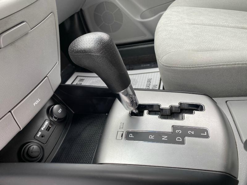 Hyundai Elantra 2010 price $5,795