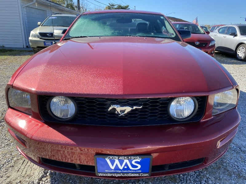 Ford Mustang 2006 price $9,995