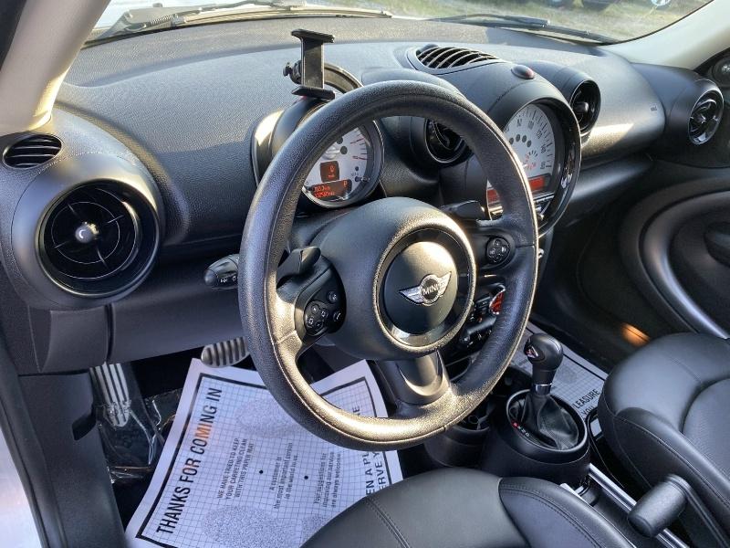 Mini Cooper Countryman 2014 price $8,995