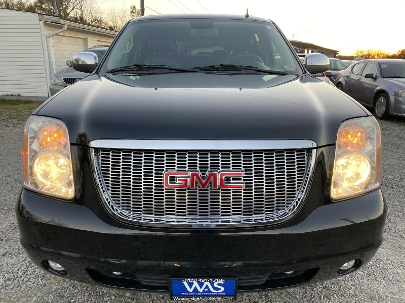 GMC Yukon XL 2011 price $13,995