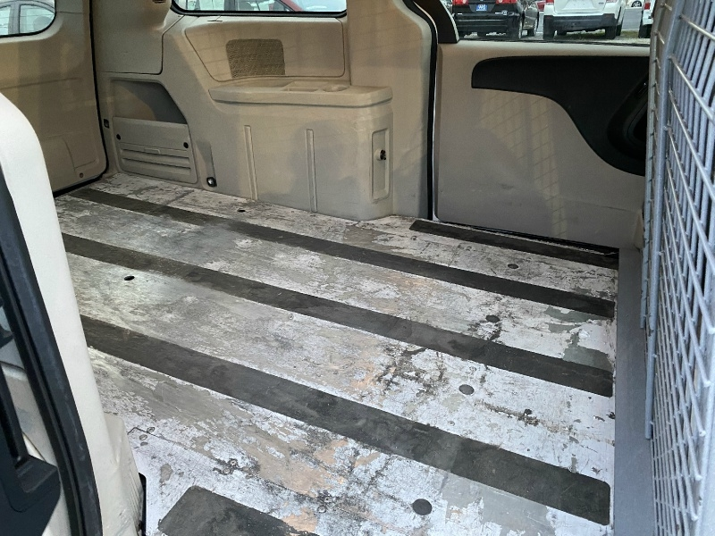RAM Cargo Van 2015 price $9,995