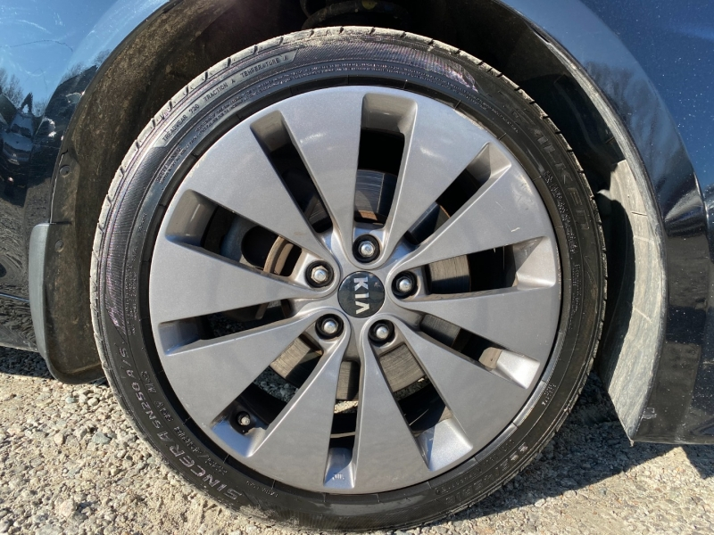 Kia Optima 2012 price $7,995