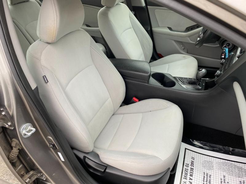 Kia Optima 2012 price $8,995