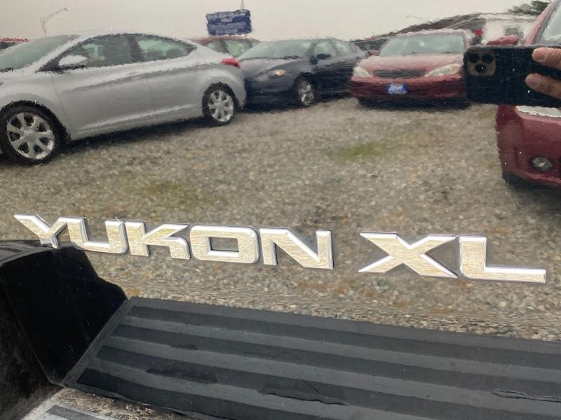 GMC Yukon XL Denali 2008 price $12,995