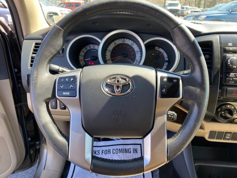 Toyota Tacoma 2012 price $15,995