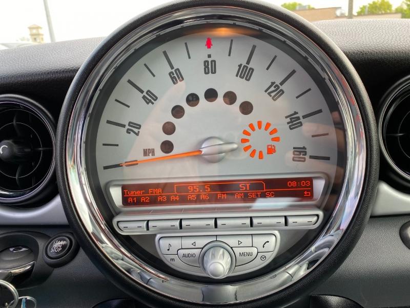 Mini Cooper Hardtop 2010 price $6,995