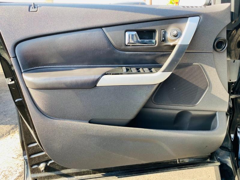Ford Edge 2012 price $11,995