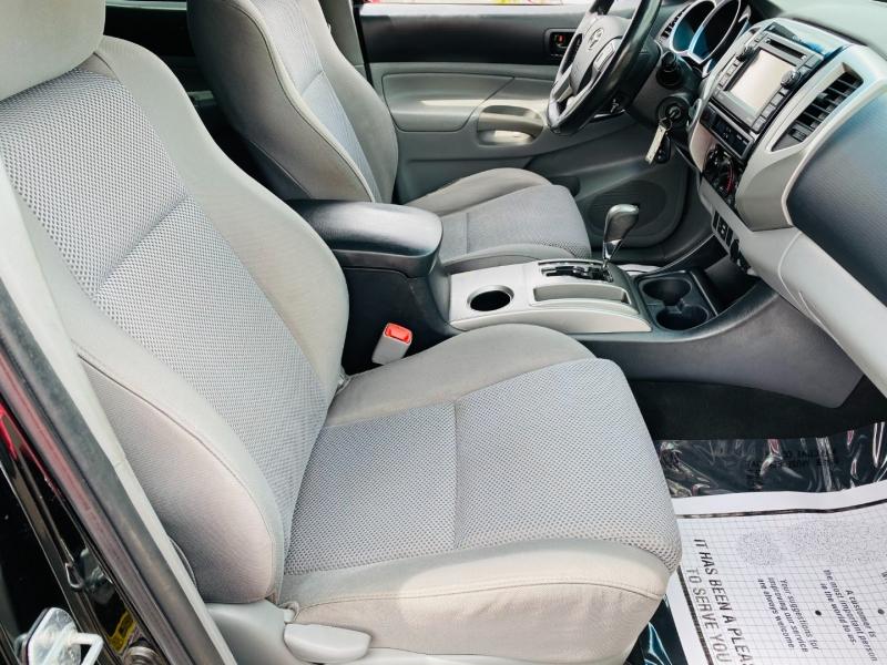 Toyota Tacoma 2012 price $18,995