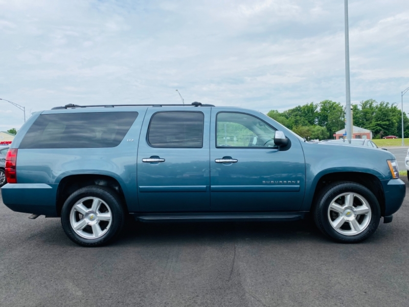Chevrolet Suburban 2008 price $12,995