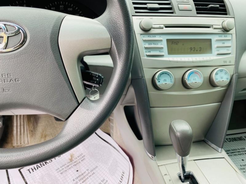 Toyota Camry 2009 price $8,995