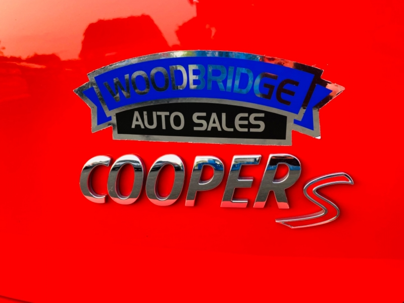 Mini Cooper Countryman 2012 price $11,995