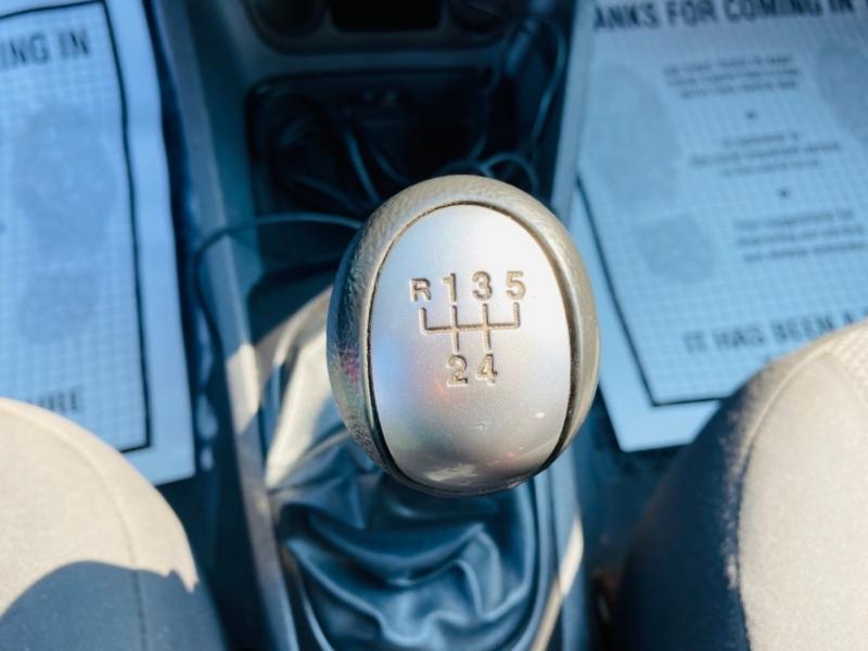 Kia Rio 2009 price $5,995