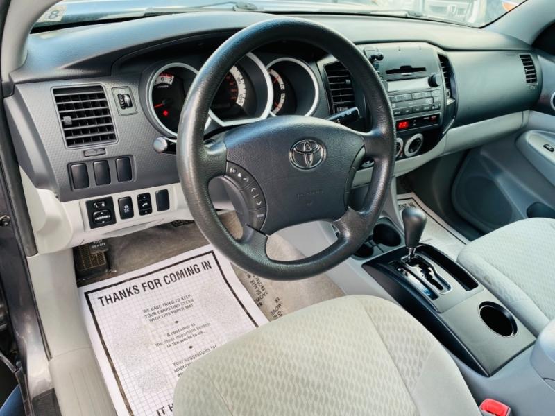 Toyota Tacoma 2011 price $14,995